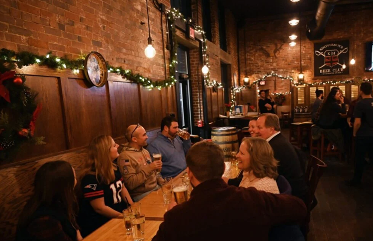 https://www.pressherald.com/2020/01/19/a-cozy-gastropub-with-scads-of-beer-and-approachable-beer-friendly-food/